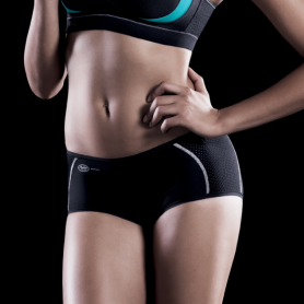 Boxer Anita active